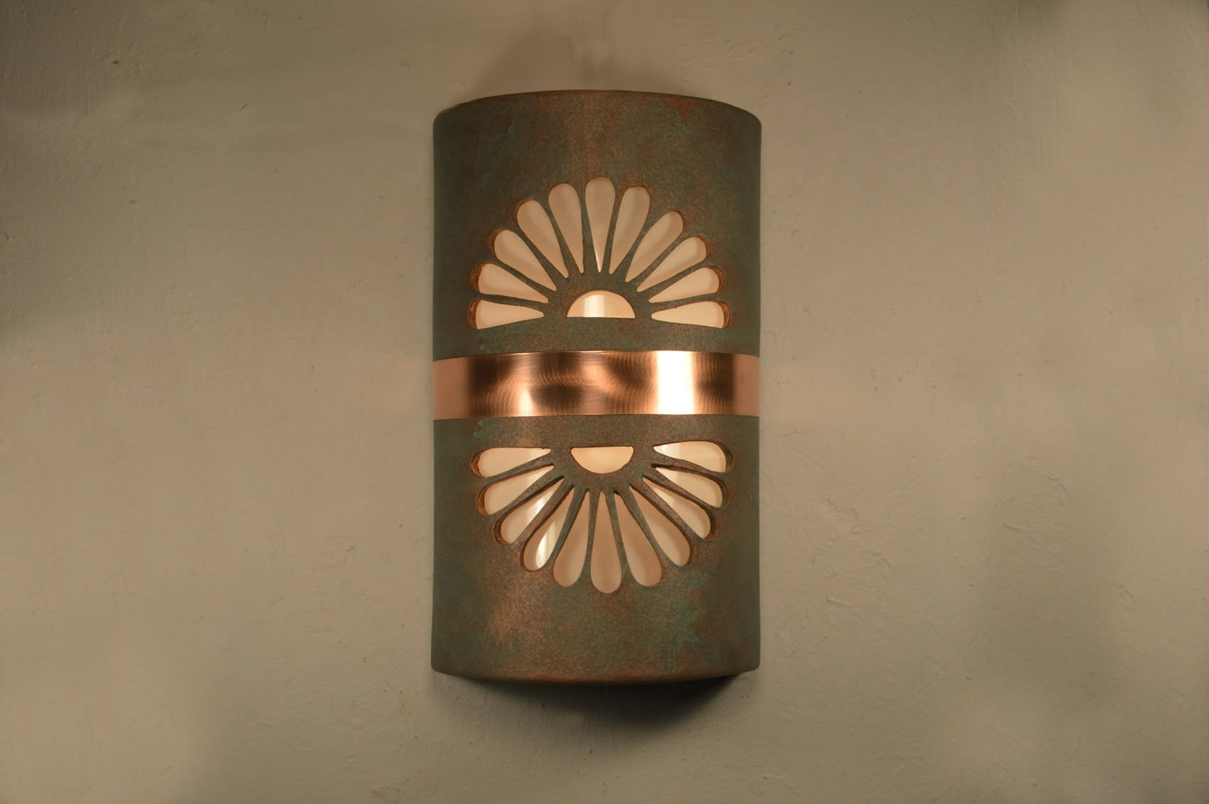 "14"" Closed Top (Dark Sky) - Double Fan w/Brushed and Sealed Copper Band, in Copper Patina - Indoor/Outdoor"